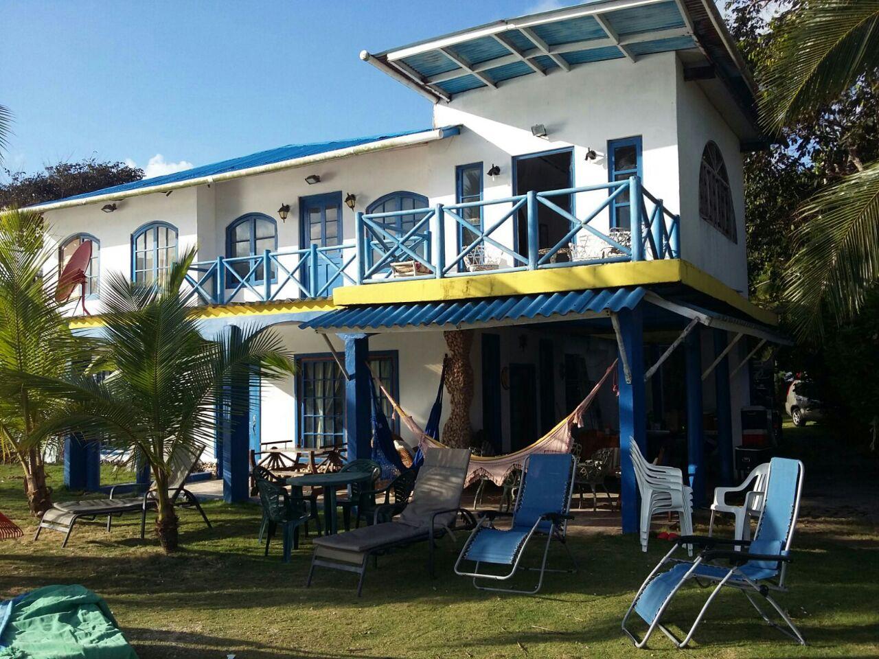 Casa de Playa con Terraza al Mar